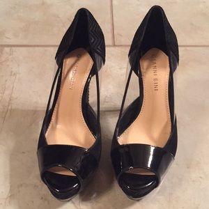 Gianni Bini - Black peep toe heels